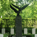 Monument for engelske flyvere på Assistens Kirkegård